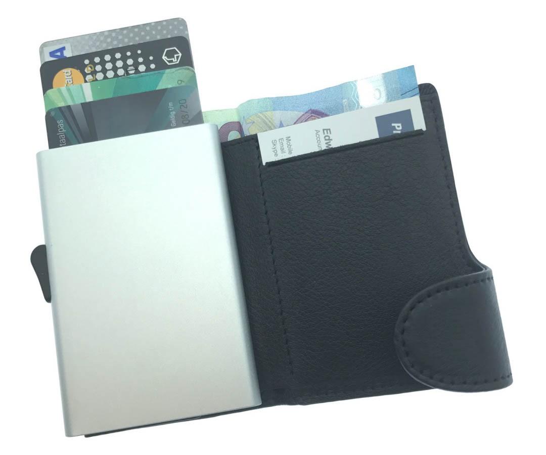 ausgefallene_give_aways_kreditkartenetui.rfid.jpg